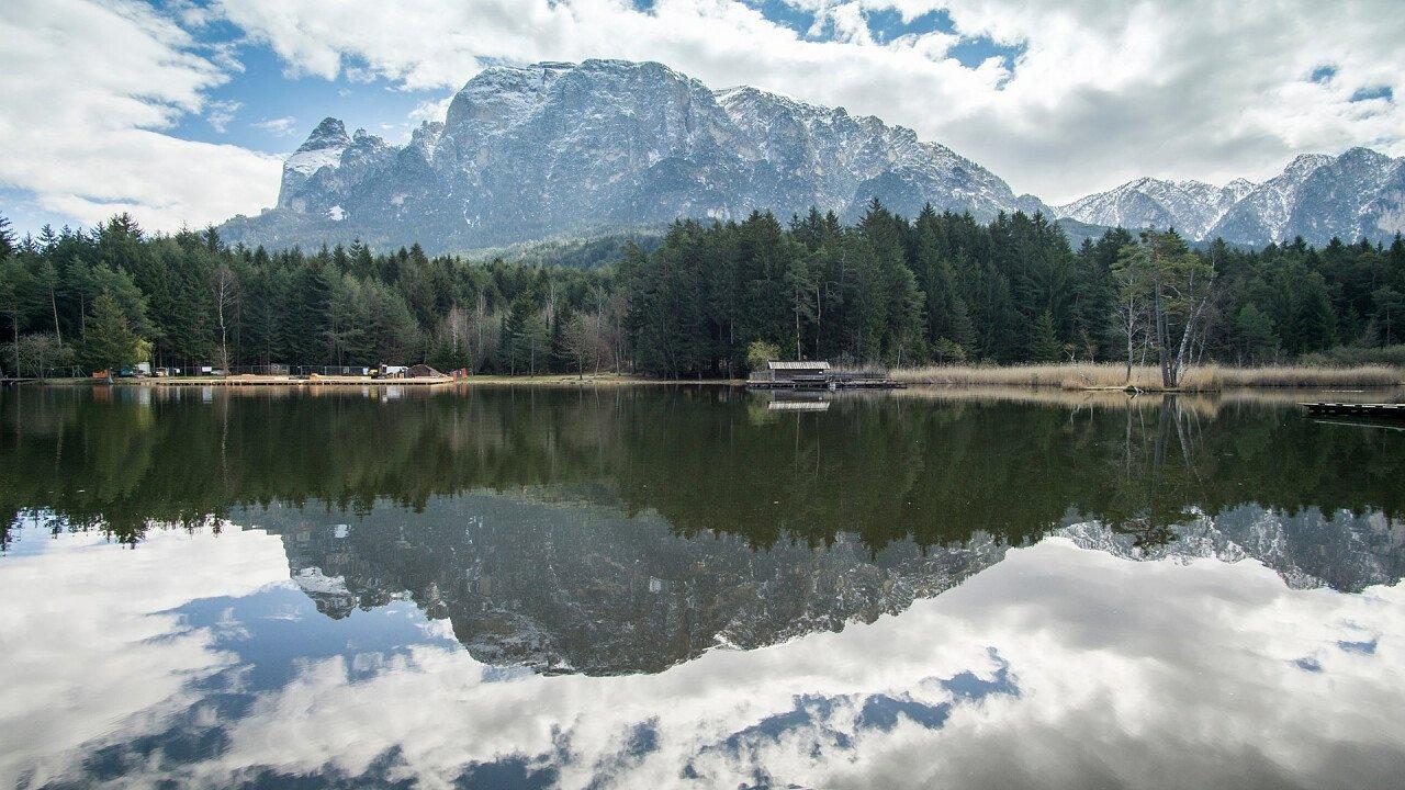 lake in summer in fiè allo sciliar