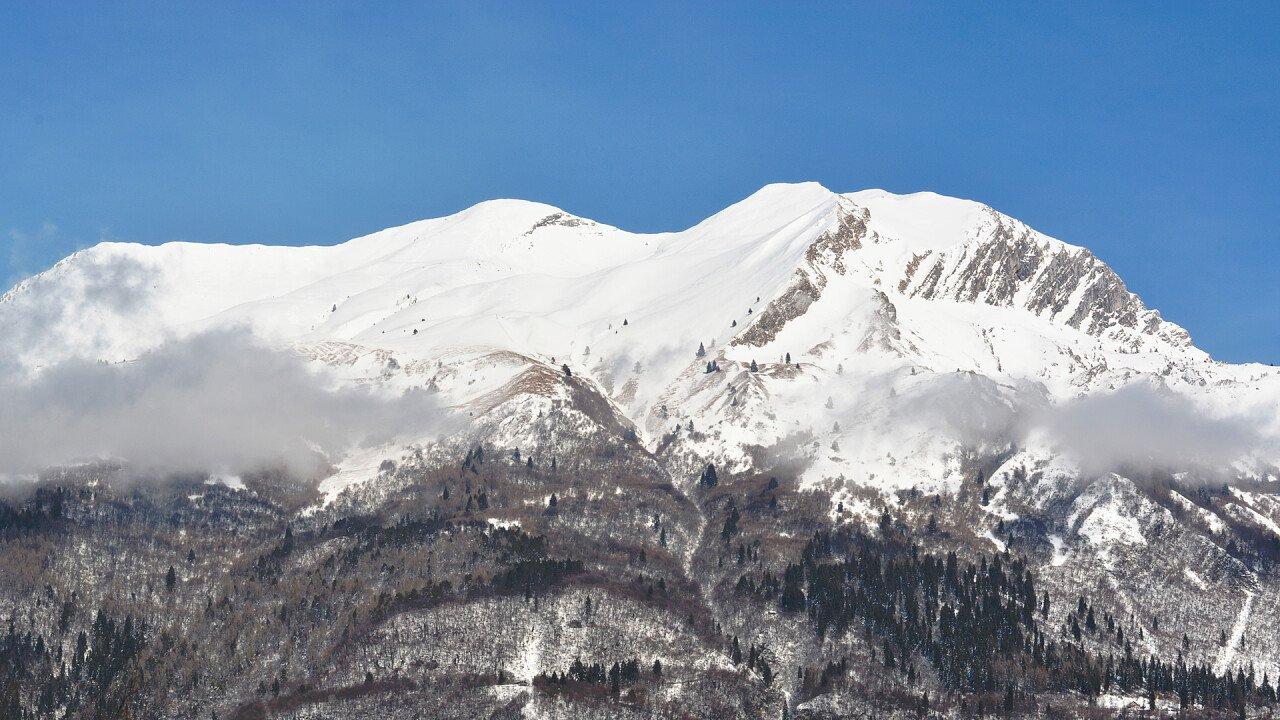 Winter Serva Mountain iStock
