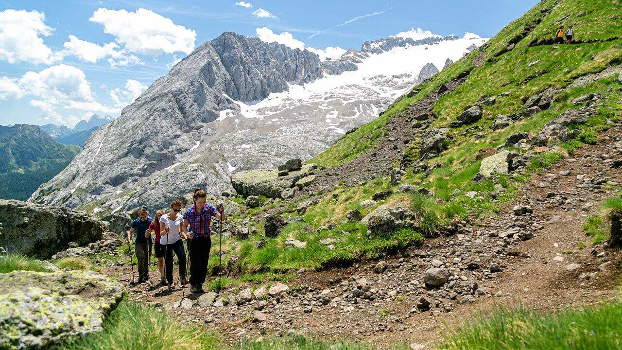 trekking_estate_consorzio_turistico_marmolada_rocca_pietore_dolomiti