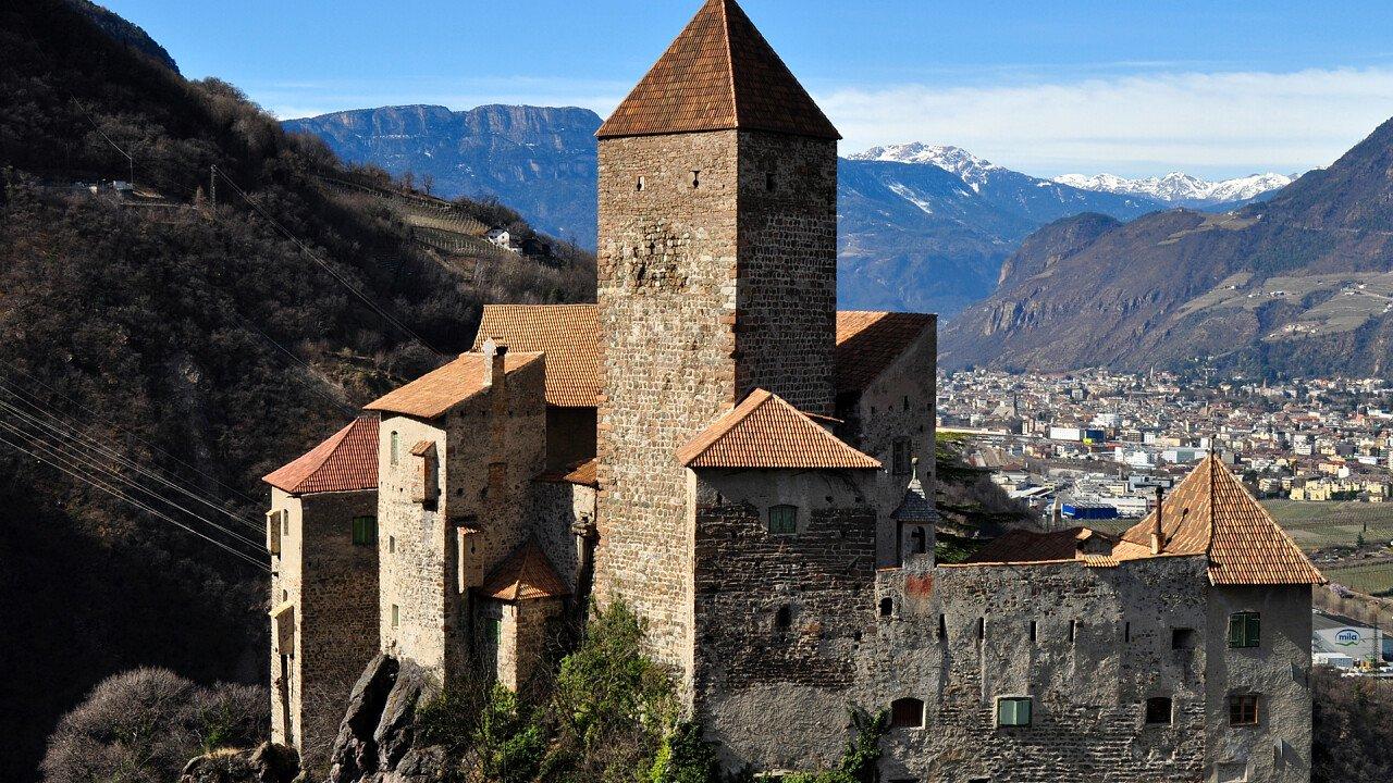 Schloss Karneid