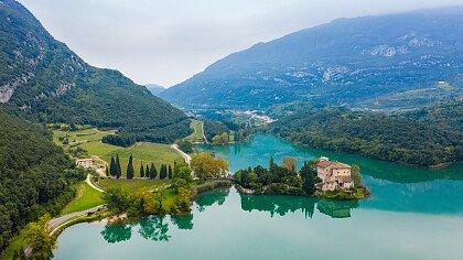 Toblino lake in autumn