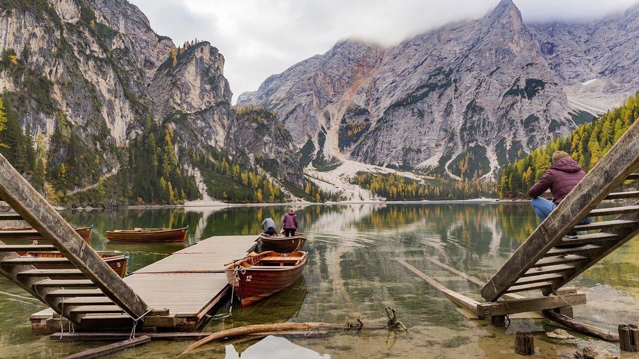 lake of Braies in autumn - Mario Vidor