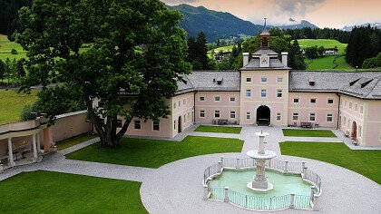 interni_castello_wolfsthurn_vipiteno_dreamstime_danciaba