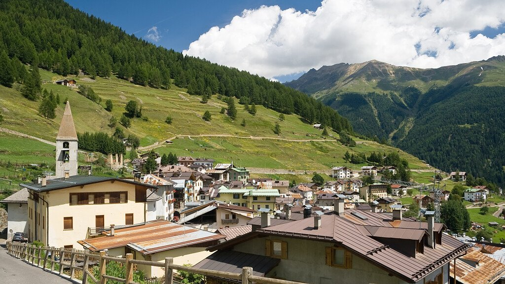 Peio-Cogolo: hot springs and ski, active and wellness holidays - cover