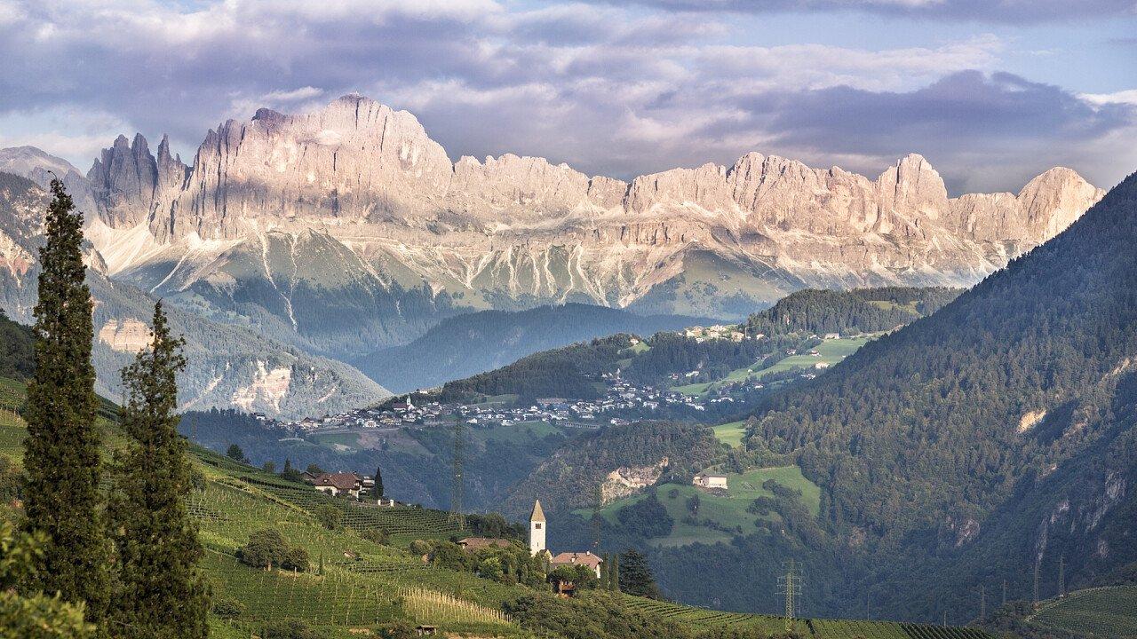 Panorama Sommer Steinegg