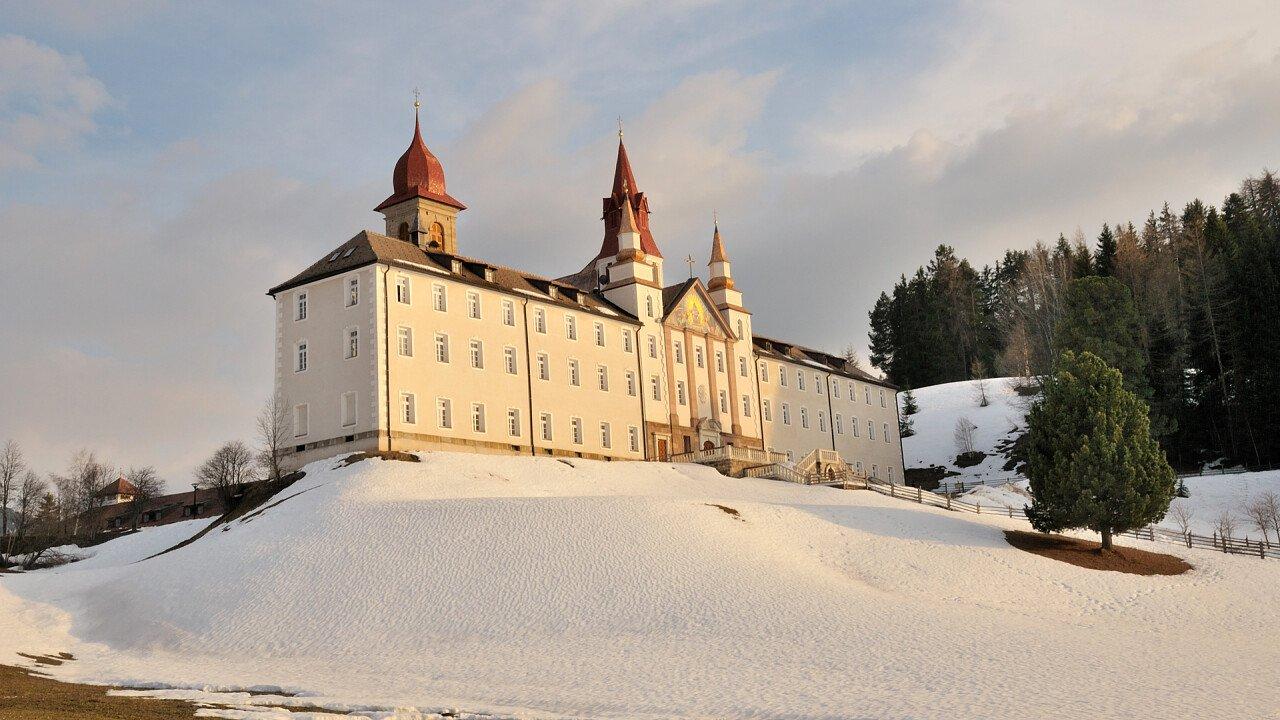 Santuario Pietralba inverno Nova Ponente Monte San Pietro