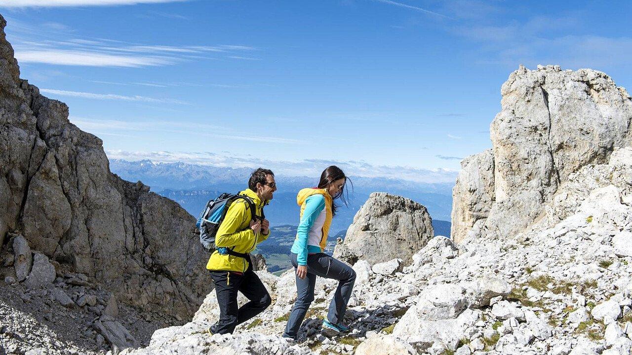 Couple hiking Latemar