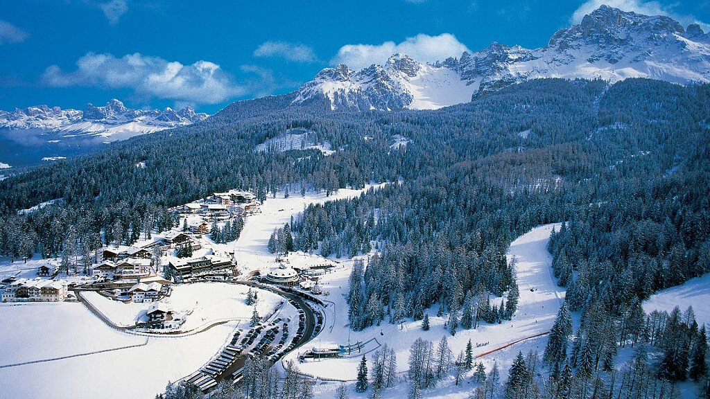 Obereggen: hiking and ski on the most beautiful slopes of the Alps - cover