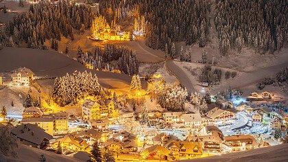 St Christina in Herbst mit Schnee