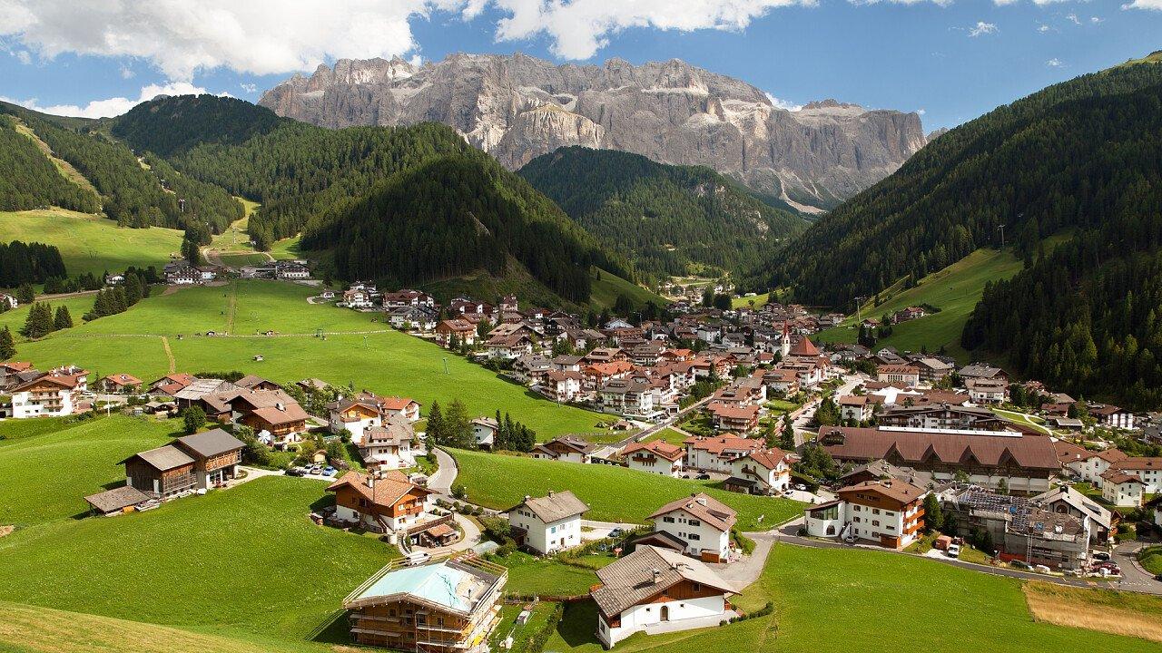 Panoramic view of Selva Val Gardena