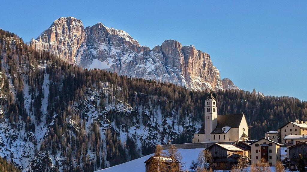 Selva di Cadore: sci e trekking per divertirsi in Val Fiorentina - cover