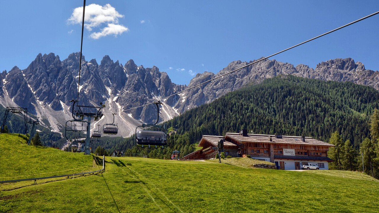 Lifts in the summer in San Candido