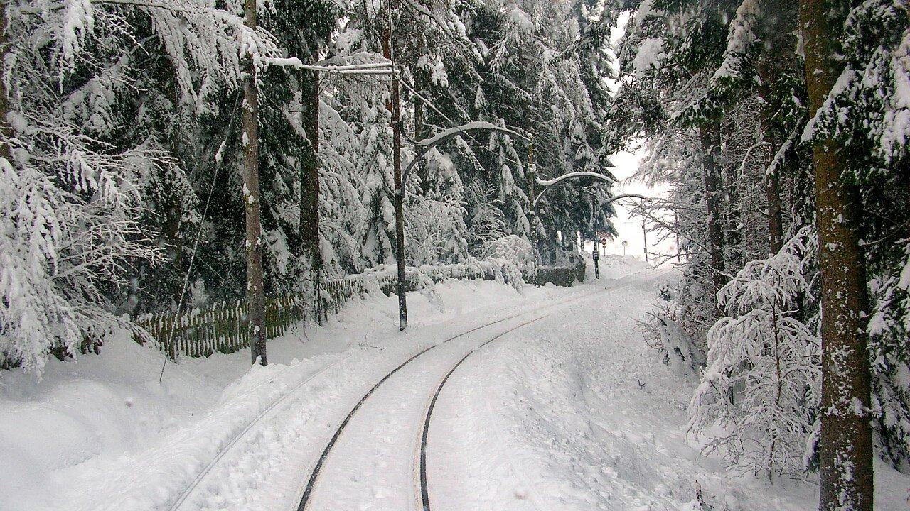 Route of the Renon train in winter