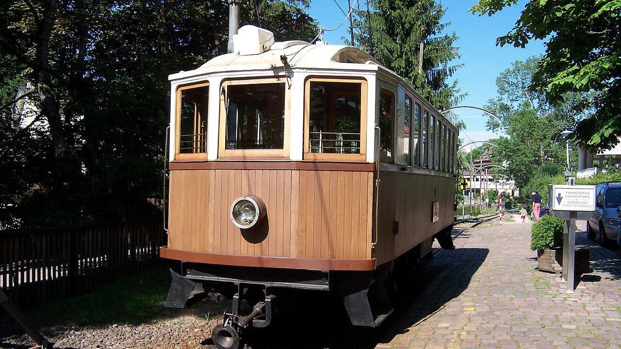 Renon train