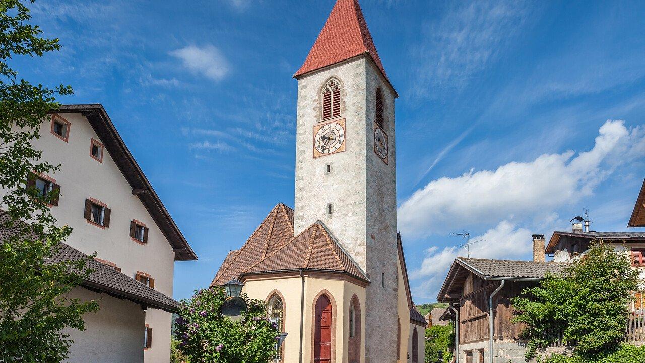 Chiesa paese Renon
