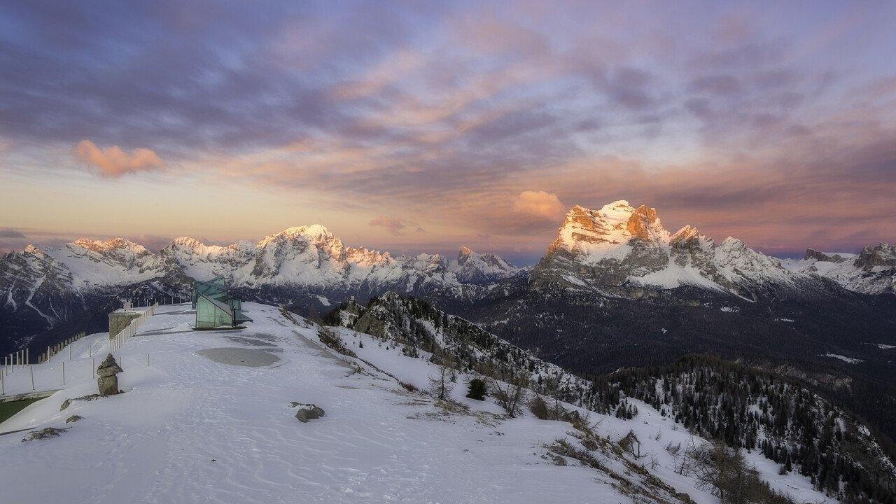 monte_rite_inverno_cibiana_di_cadore_iStock