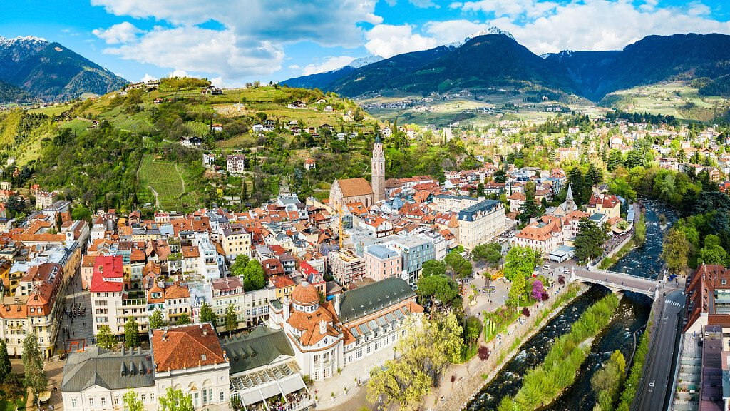 Wellness holidays in Merano between art and gourmet - cover