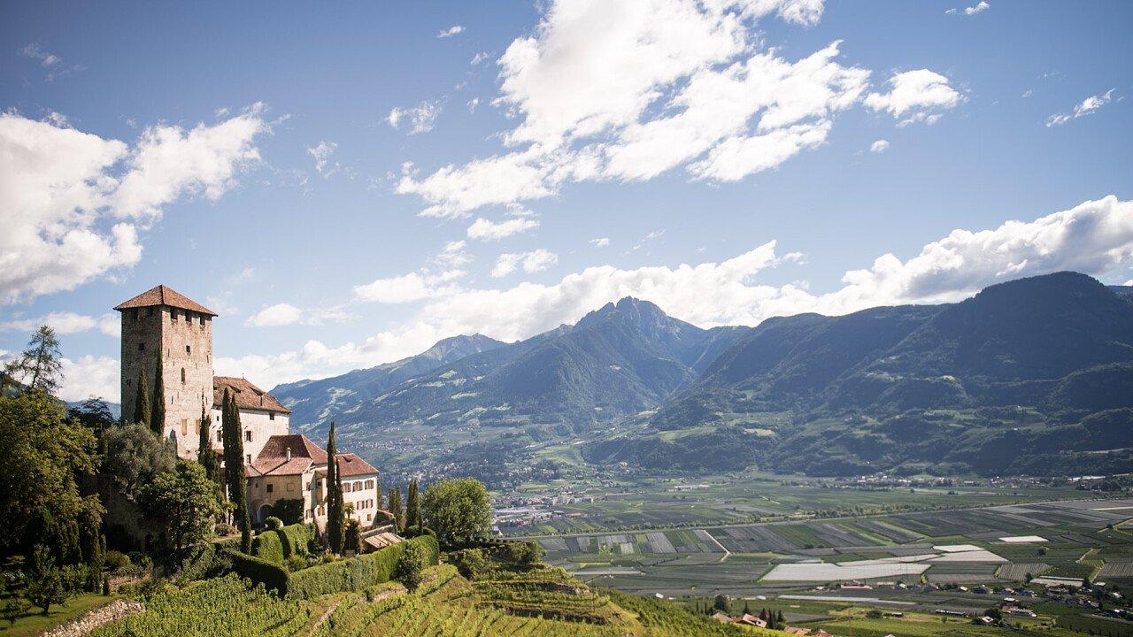 castello_monteleone_cermes_associazione_turistica_lana_e_dintorni_patrick_schwienbacher