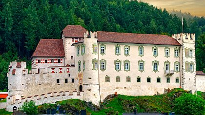 castello_casteldarne_chienese_dreamstime_libux77