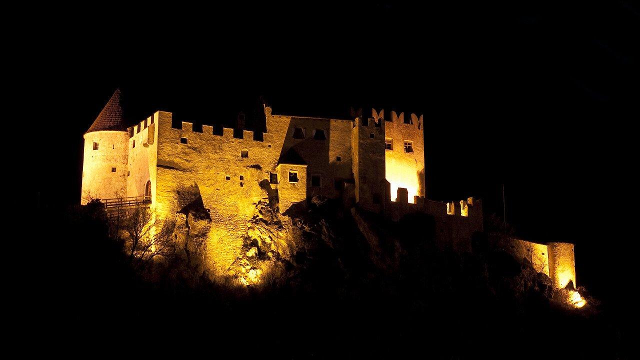 Illuminated castle in Castelbello-Ciardes