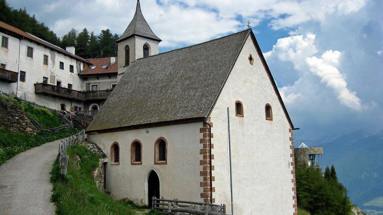 Kirche Latsch