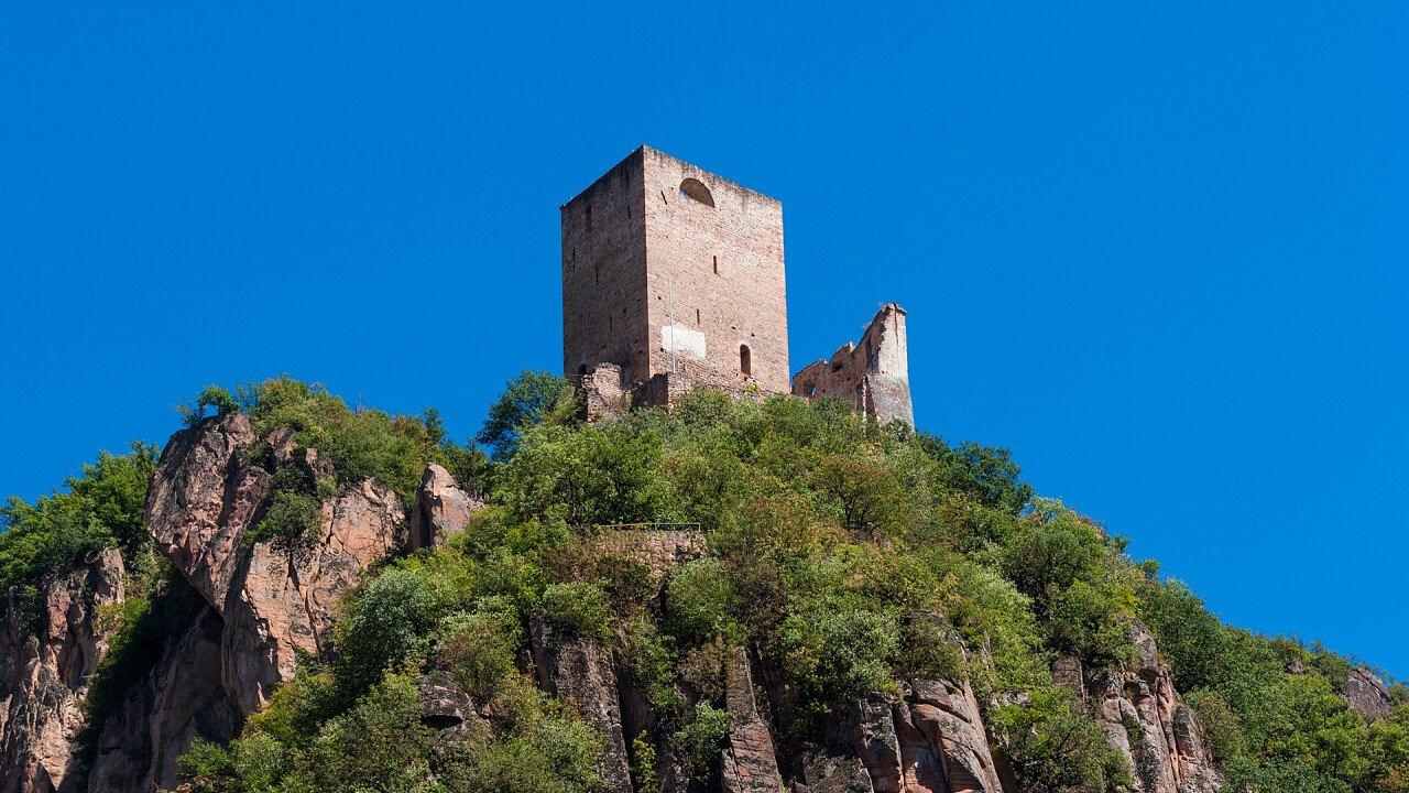 castello_neuhaus_terlano_shutterstock