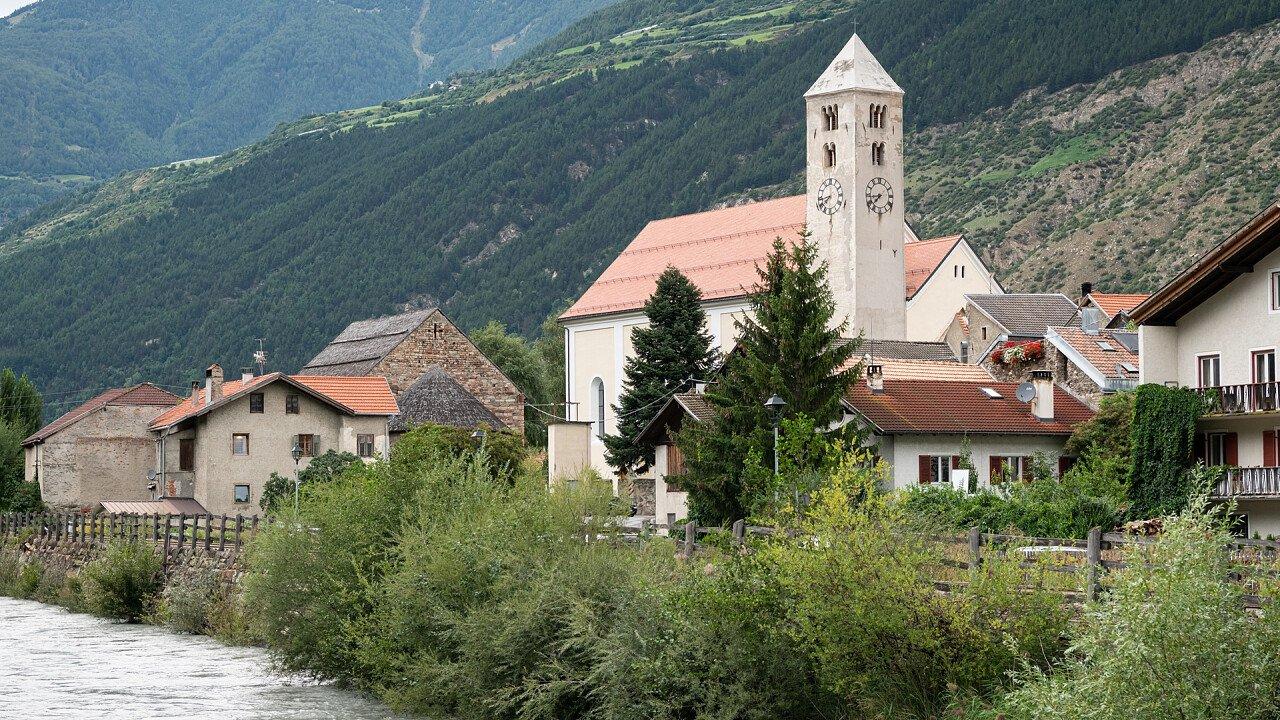 Lasa church