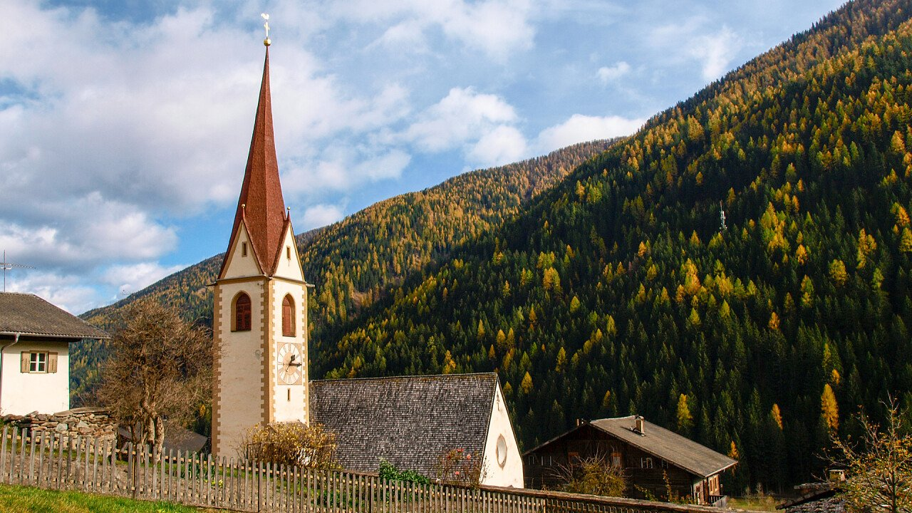 chiesa_val_d_ultimo_shutterstock