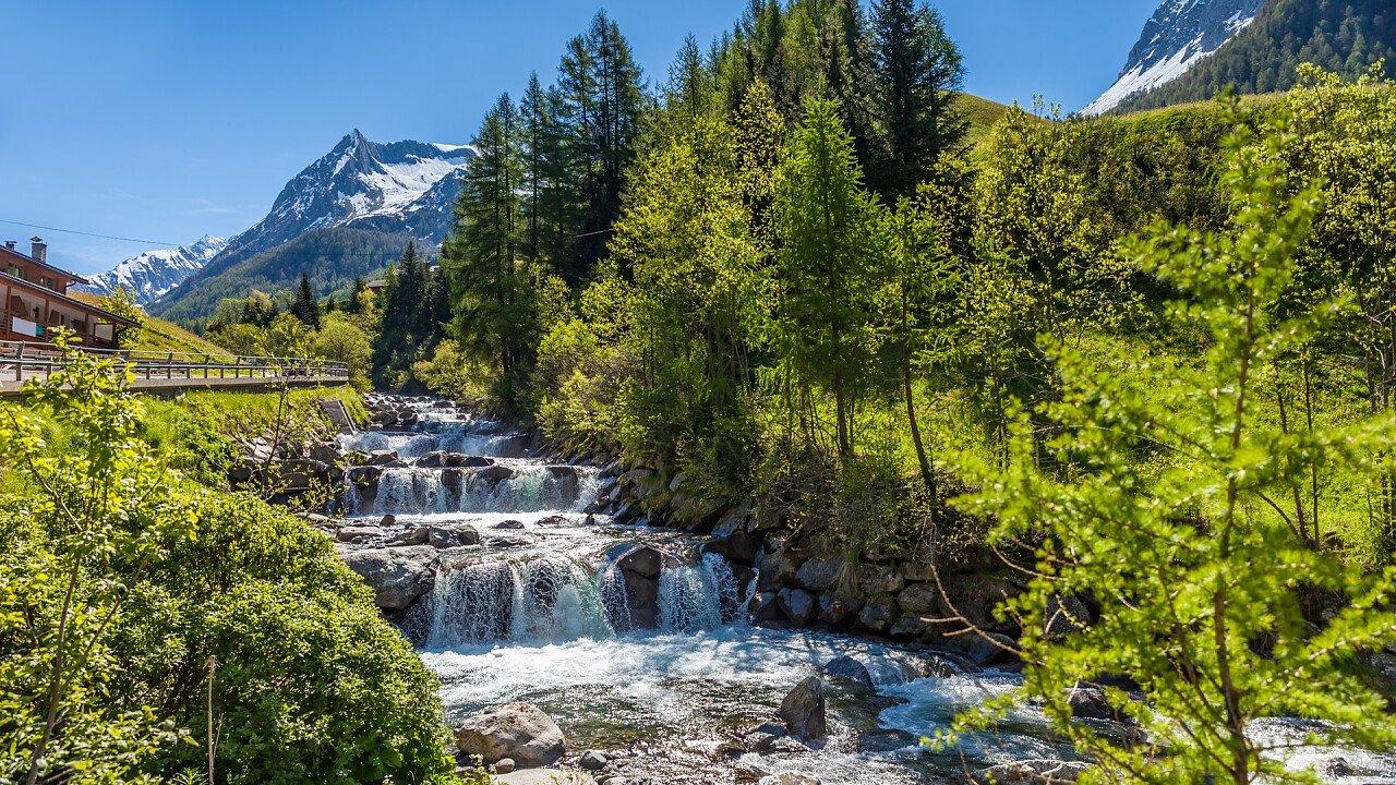 fiume_natura_predoi_dreamstime_christian_mueringer
