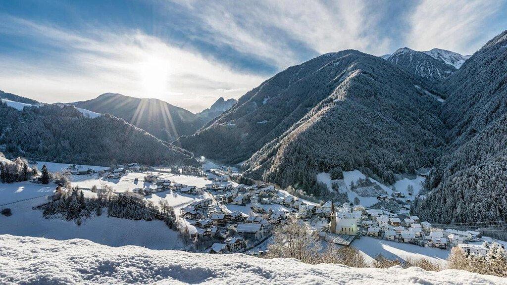 Alpe di Luson: vacanze trekking in famiglia - cover