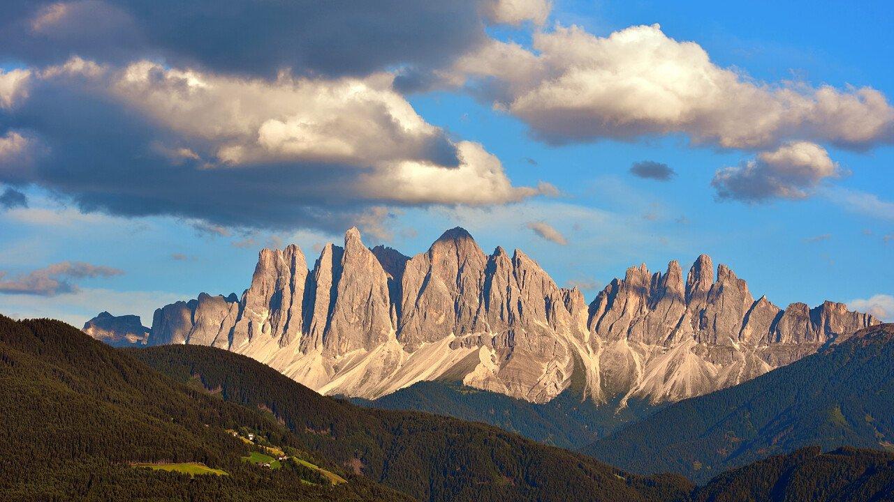 montagne_velturno_shutterstock