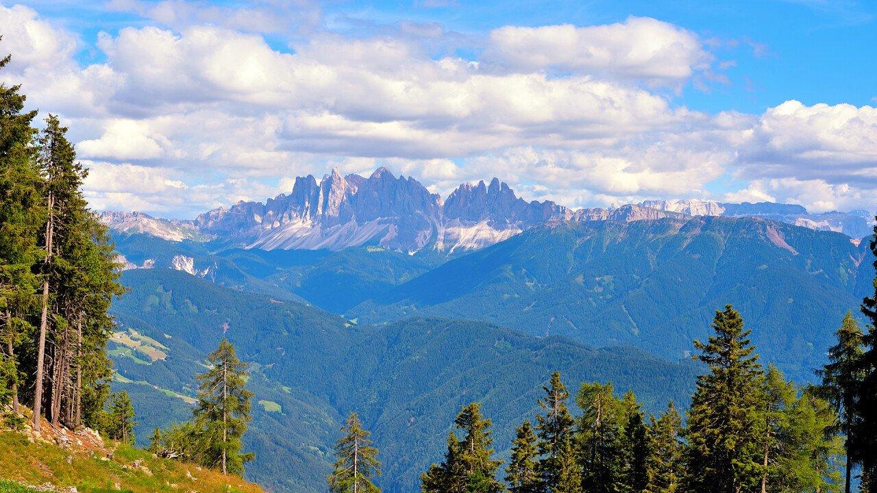 natura_montagne_velturno_dreamstime_maudanros