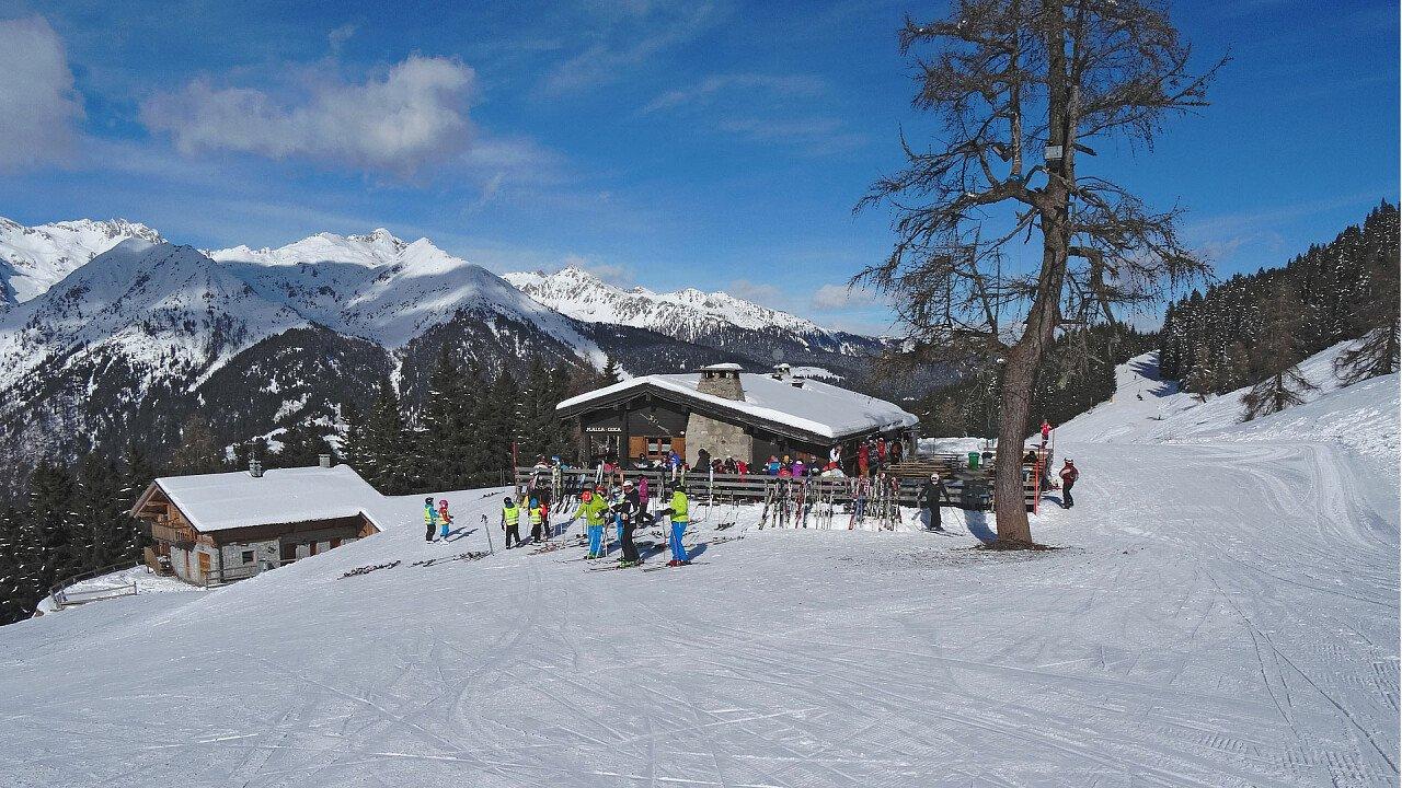 ski_resort_madonna_di_campiglio_pixabay_locuig