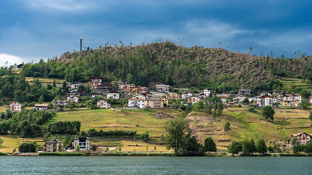 Baselga di Pinè: lago, presepi e passeggiate - cover