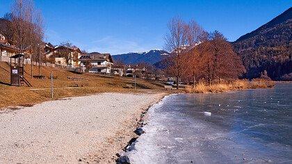 inverno_lago_baselga_di_pine_dreamstime_alberto_masnovo