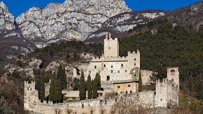 scholoss_calliano_azienda_per_il_turismo_rovereto_e_vallagarina