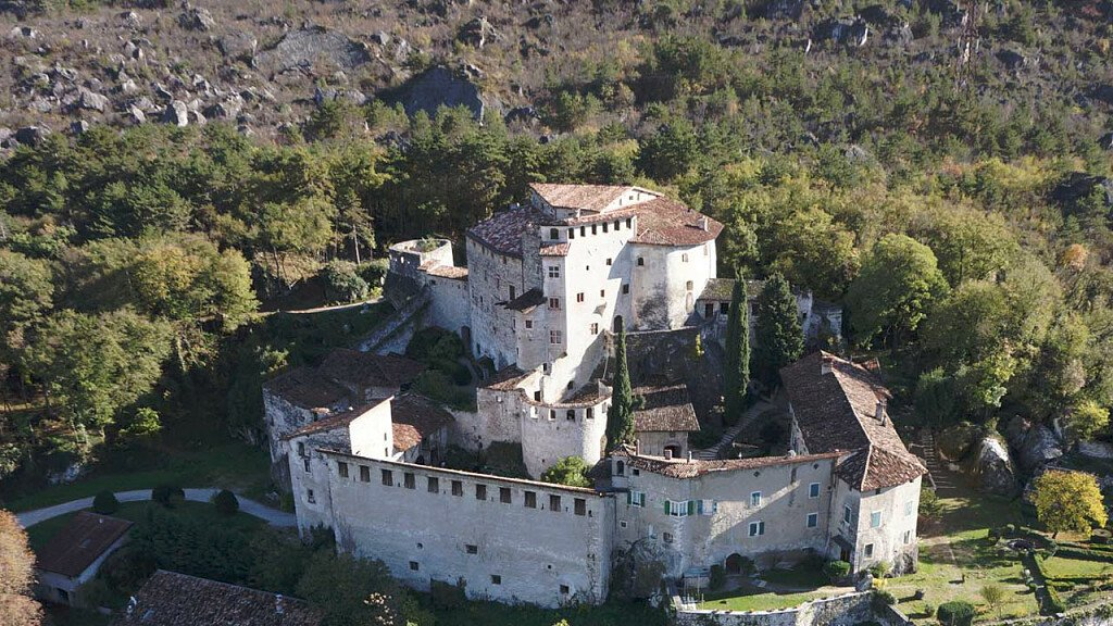 Holidays in Rovereto-Vallagarina and Brentonico Plateau, small Dolomites - cover