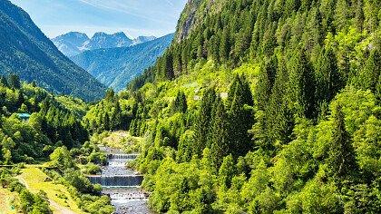 river_valley_canale_san_bovo_dreamstime_rufolf_ernst