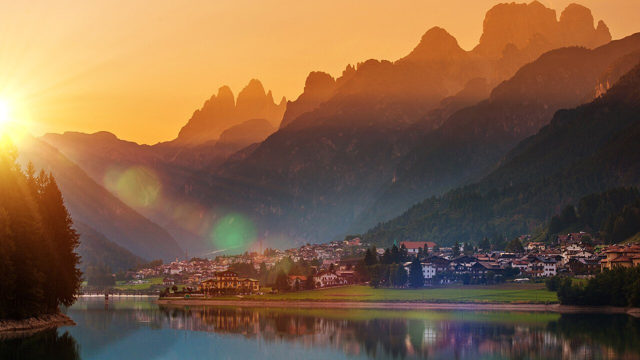 Sunrise in Auronzo