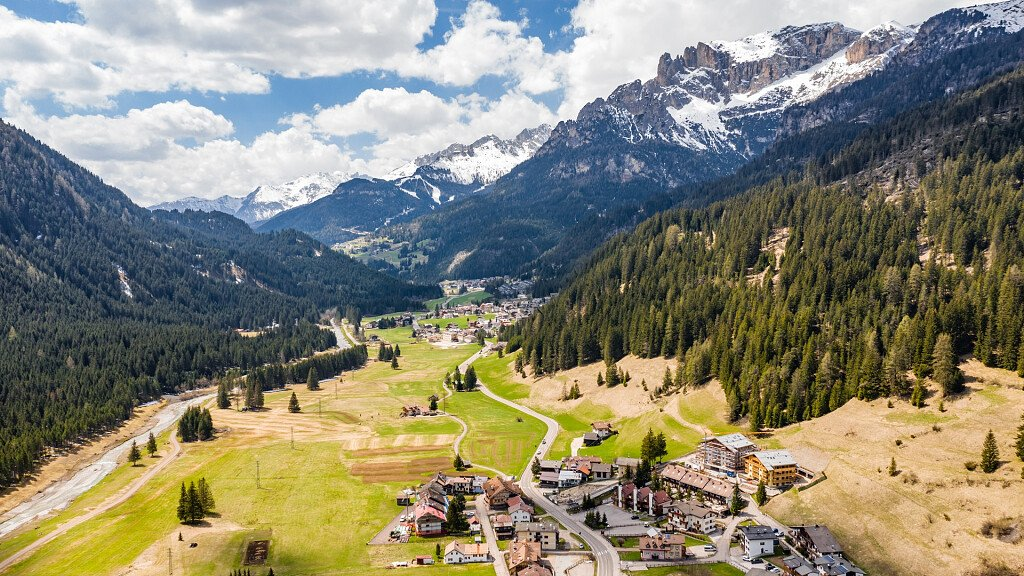 Comano Terme: health and wellness - cover