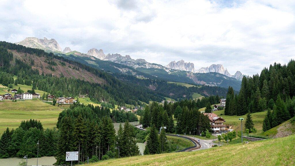 Soraga in Val di Fassa, tra mountain bike e sci da fondo - cover