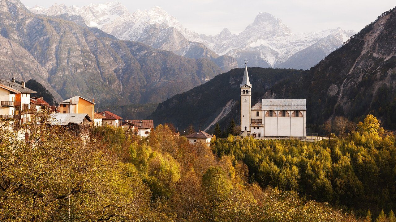 San Martino Kirche in Valle di Cadore im Sommer