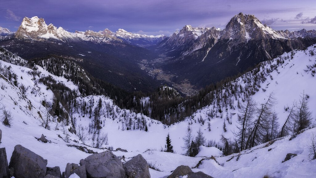 Valle di Cadore: nature holidays at the foot of the Antelao - cover
