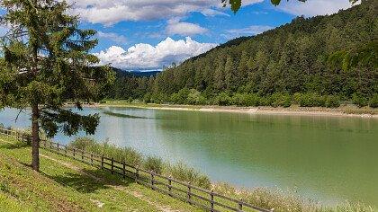 lake_in_coredo_dreamstime_christa_eder