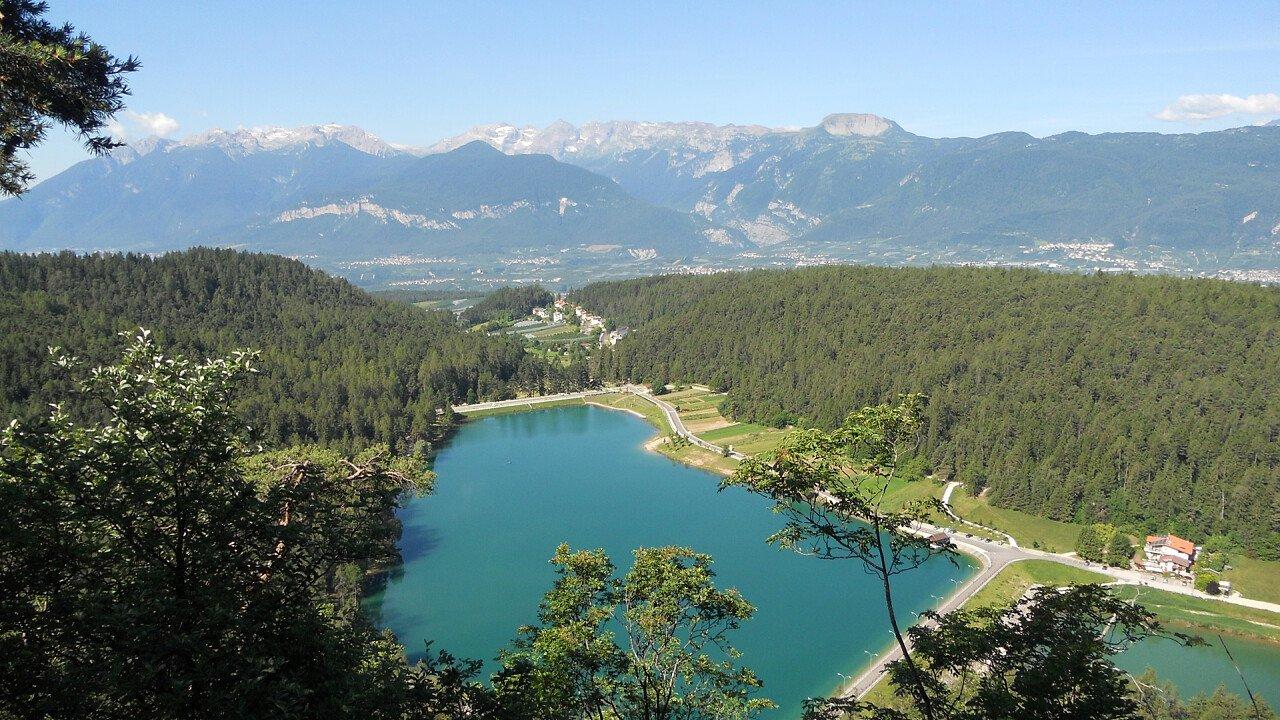 panorama_lake_coredo_shutterstock