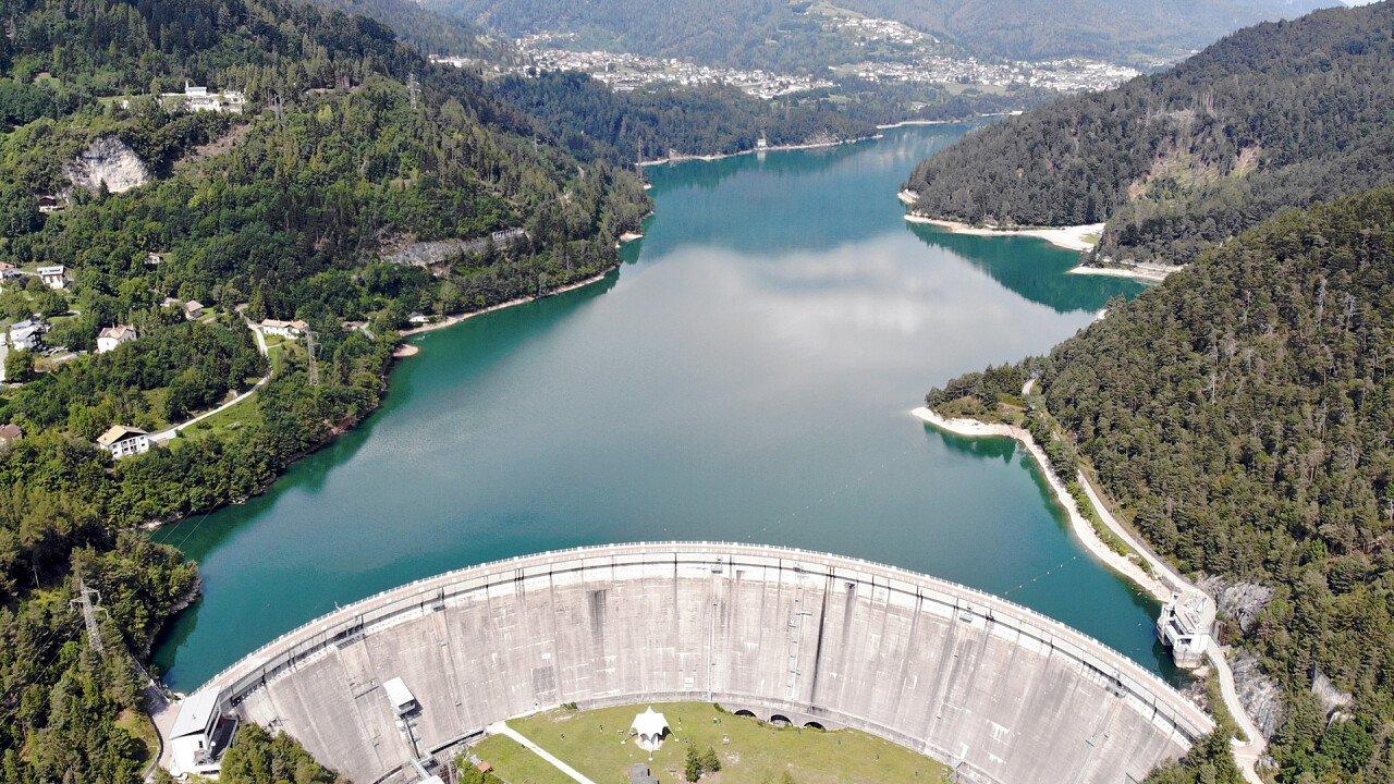 Calazo Dam