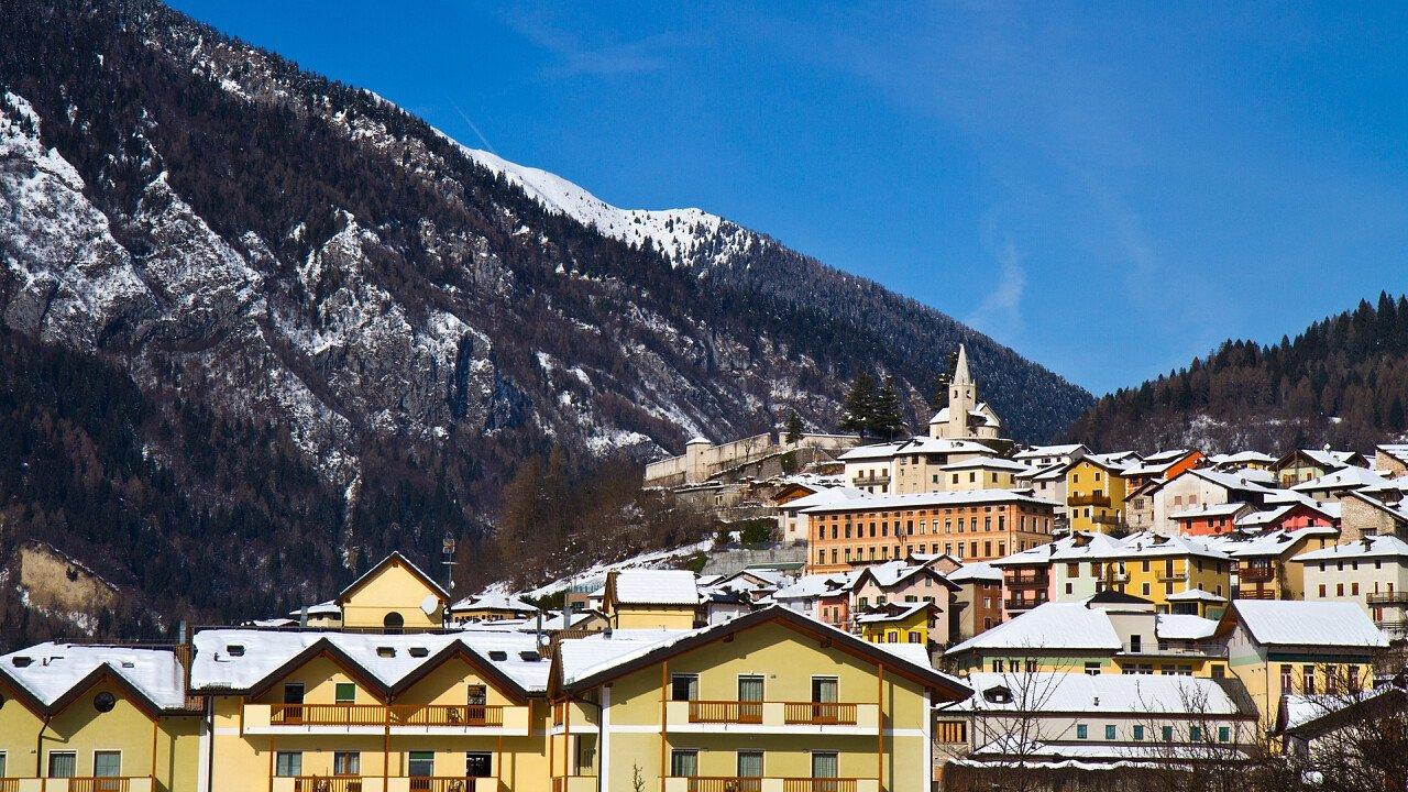 inverno_castello_tesino_shutterstock