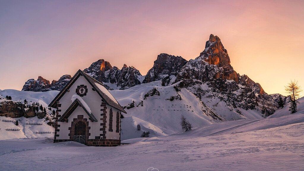 San Martino di Castrozza, Passo Rolle, Primiero e Vanoi: neve e sport, sci e non solo - cover