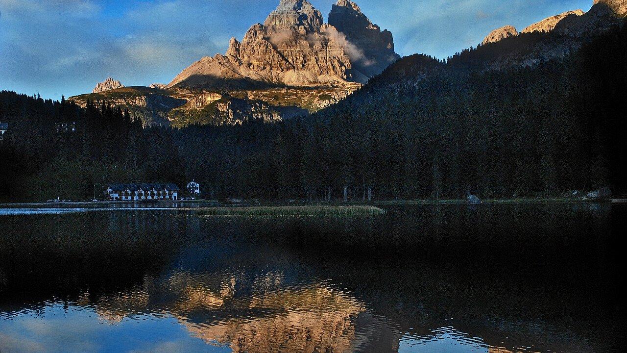 lago_di_misurina_tre_cime_di_lavaredo_mario_vidor