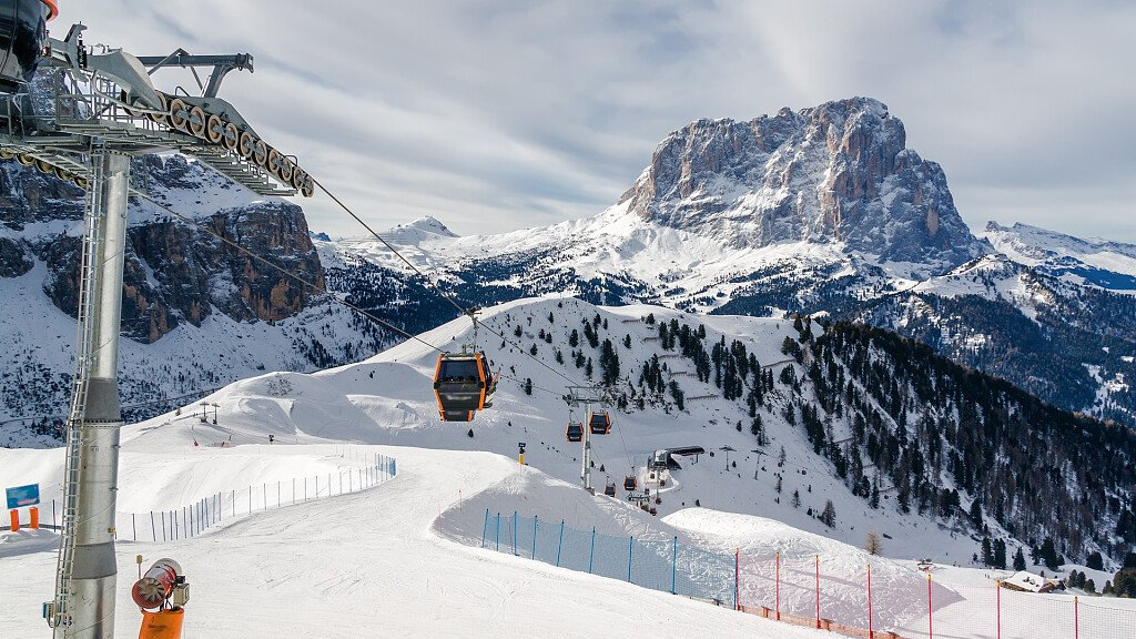 Val di Fassa: skiing, trekking and good food in the Dolomites - cover